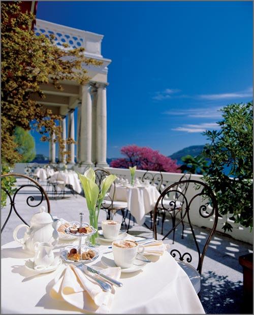 Hotel-matrimonio-con-terrazza-sul-lago