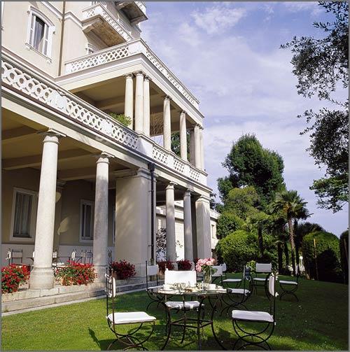 Ristorante-con-giardino-sul-Lago-Maggiore