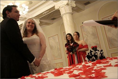 Tema Matrimonio In Rosso : Matrimonio a tema rosso al grand hotel borromà es di stresa