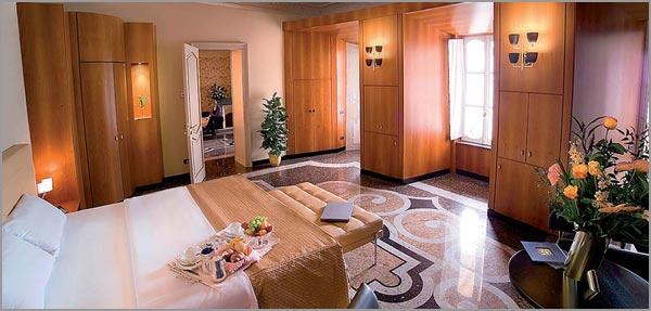 villa matrimonio con camere sul Lago d'Orta