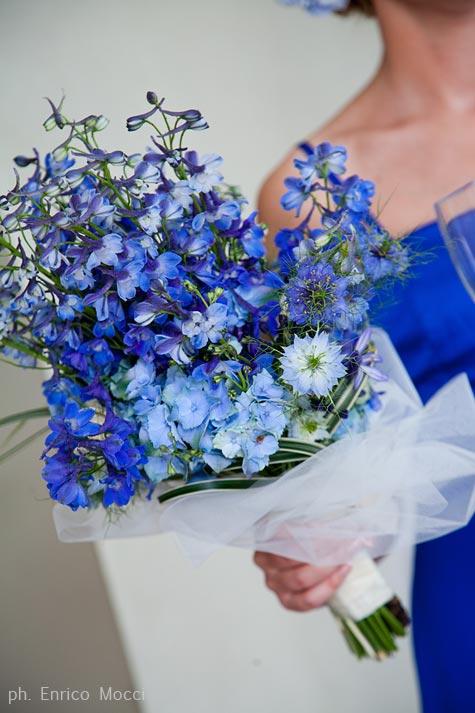bouquet delphinium blu by La Piccola Selva floral design