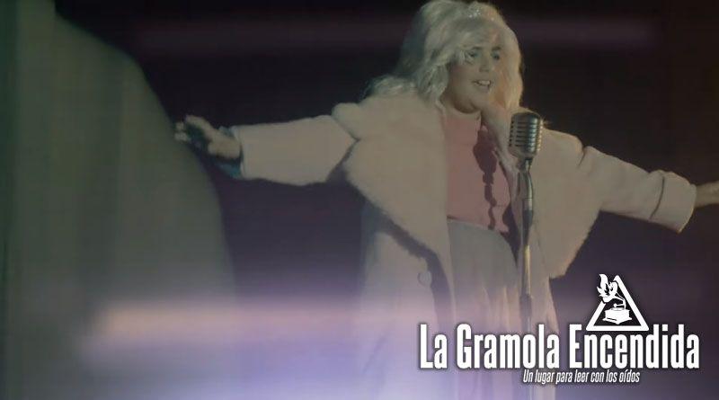 Das Model estrenan Little Queen, una parodia a los talents shows con un sorprenderte final.