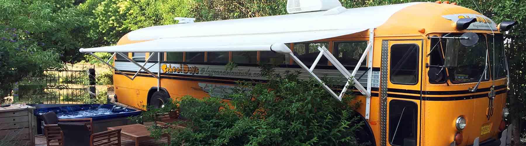 chambre bus hbergement insolite originale jacuzzi schoolbus Crown