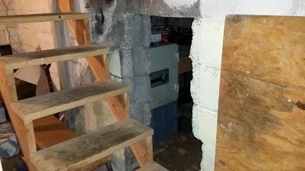 Cosas siniestras en casas viejas cuarto