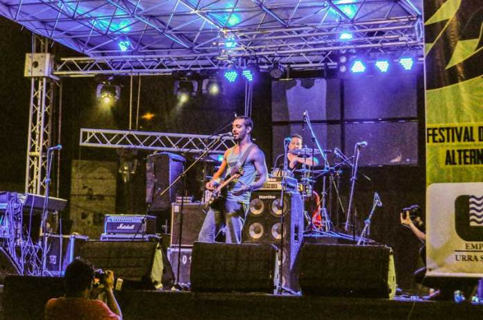 dany-roots-daniel-esteban-gomez-musica-de-monteria-cordoba-turismo-monteria-de-noche-monteria-at-night-what-to-do-in-monteria