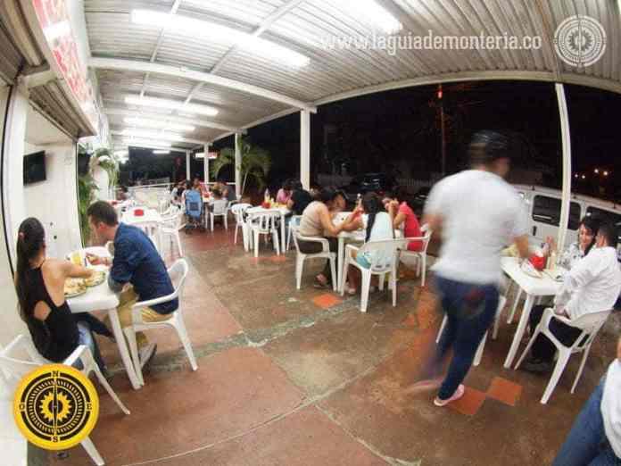 4-comidas-rapidas-en-monteria-restaurantes-sitios-de-comida-rapida-donde-comer-en-monteria-lugares-recomendados-restaurants-in-monteria-recommended-dinner-hot-dog-perro-caliente