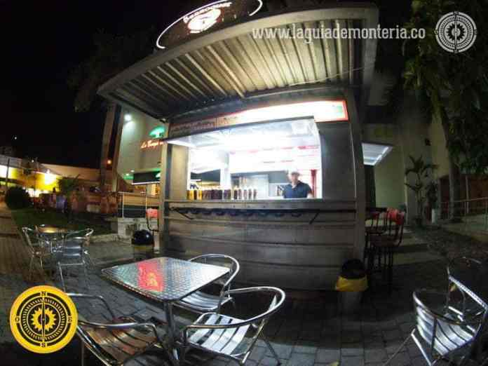 comidas-rapidas-en-monteria-restaurantes-sitios-de-comida-rapida-donde-comer-en-monteria-lugares-recomendados-restaurants-in-monteria-recommended-dinner-hot-dog-perro-caliente3