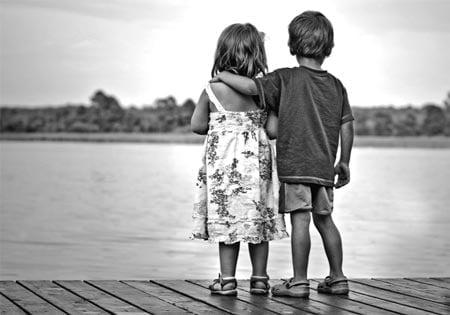 niños enamorados