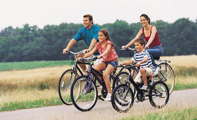 montar-en-bici-en-familia