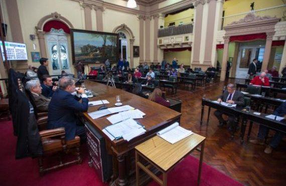 Aprobaron la adhesión a las modificaciones de la Ley Nacional de Simplificación y Desburocratización para el desarrollo de la infraestructura