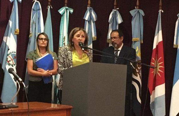 Especialistas plantearon avances, deudas y desafíos, a 30 años de la Convención sobre los Derechos del Niño