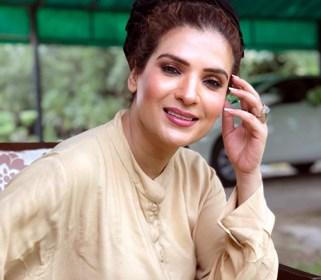 اداکارہ ریشم