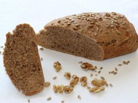 Pan de Centeno con Semillas y Nueces
