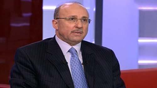 عادل عدوي وزير الصحة المصري