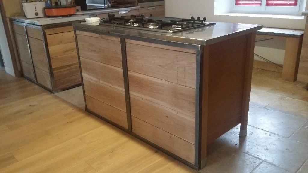 caisson cuisine bois brut