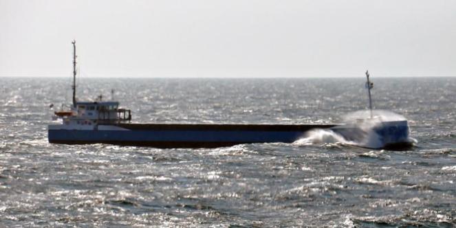 ANDREA. Rakennettu 2006, Czech Republic. 82X13m. Lastikapasiteetti 4587 m3. Operointi: Wagenborg Shipping B.V. Lippu: Hollanti.