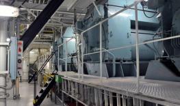 Pääkoneita tankkerilla, sähköiset generaattorit