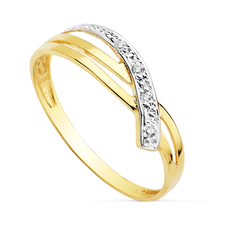 Anillo oro Bicolor SO1/19240 18 Kte con Circonitas. Este anillo de oro bicolor SO1/19240 de 18 Kte con circonitas, es una pieza minimalista la cual disfruta de un gran confort. Esta formado por un brazo de oro amarillo acabado en brillo combinado con circonitas montadas en oro blanco en el frontal. Todos nuestros árticulos de joyería vienen debidamente contrastados por los más prestigiosos laboratorios de metales preciosos Españoles.