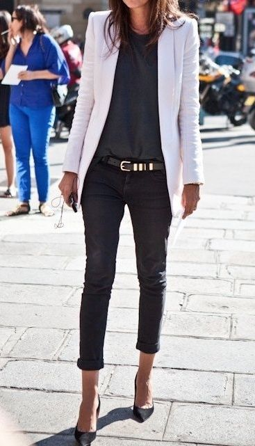 How to Wear a White Blazer in the Summer or Fall