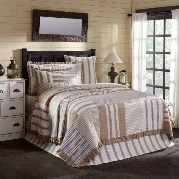 Grace Quilt by VHC Brands