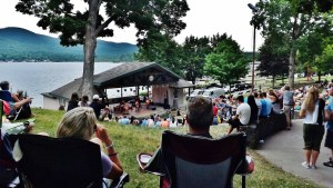 Shepard Parkd barbecue free concerts fridays at the lake bands and brews