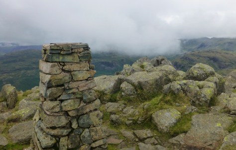 Clouds roll in on Harter Fell summit