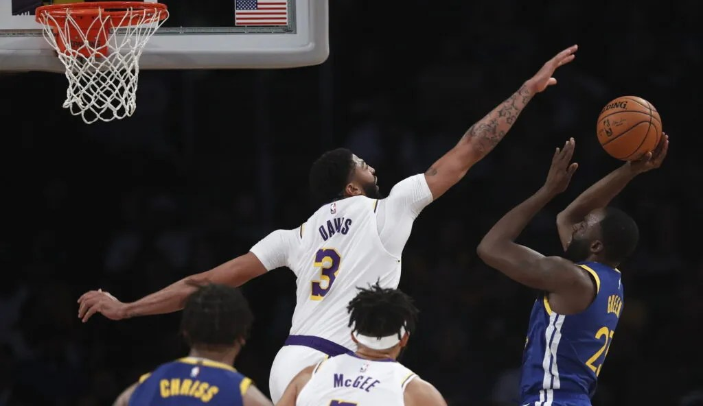 Anthony Davis and Draymond Green, Los Angeles Lakers vs Golden State Warriors