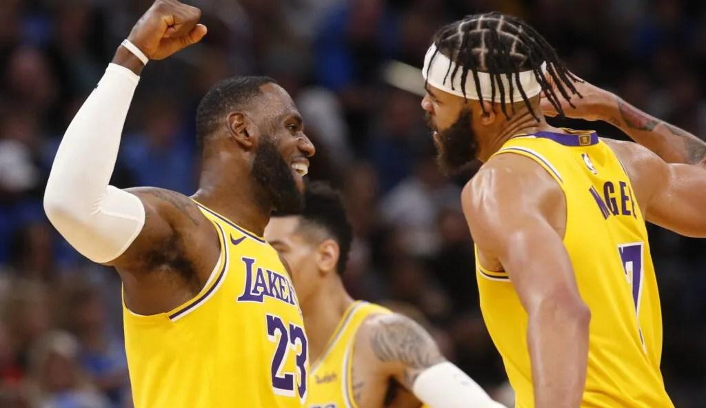 LeBron James and LeBron James, Los Angeles Lakers vs Oklahoma City Thunder