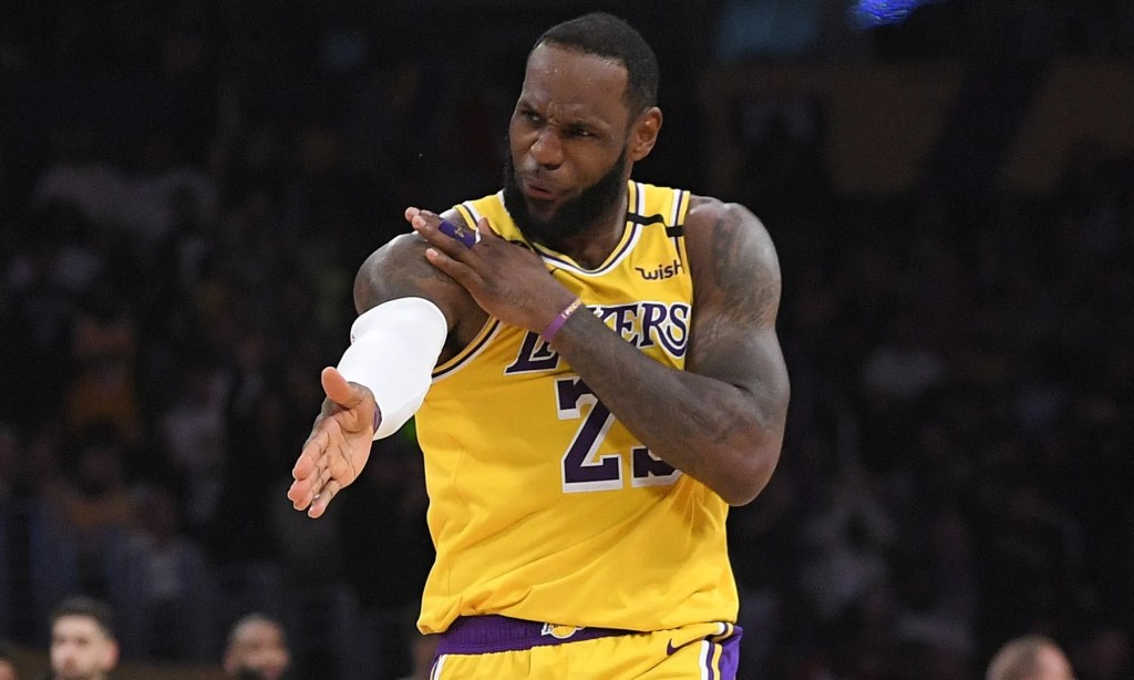 LeBron James, Los Angeles Lakers vs Philadelphia 76ers at Staples Center