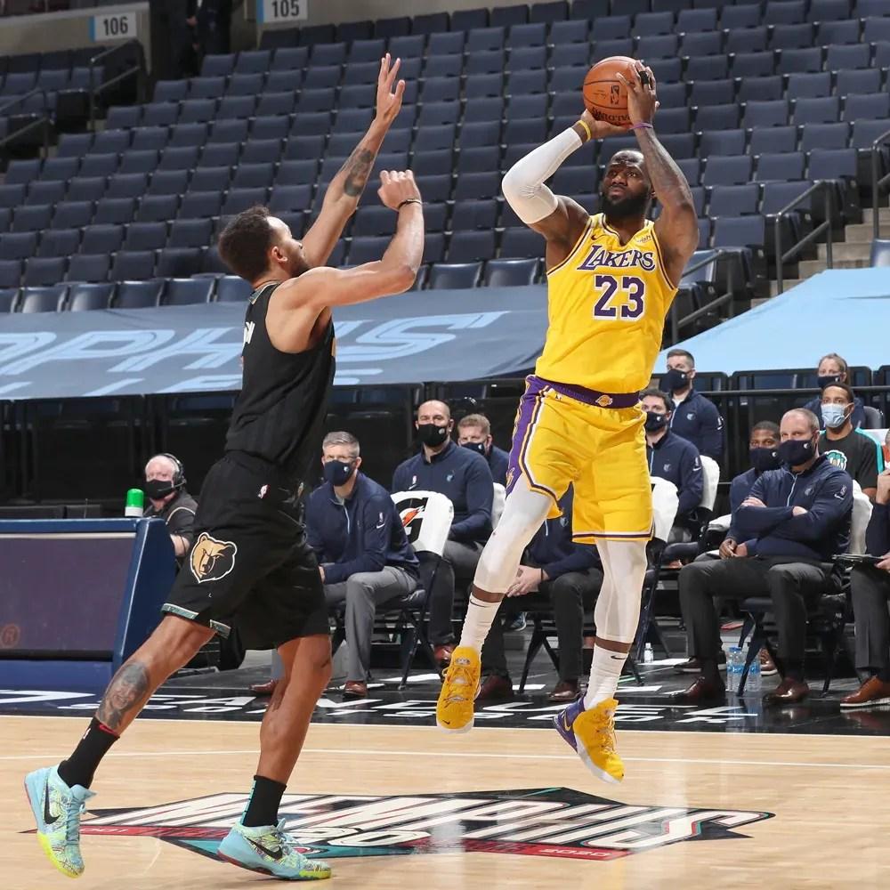 LeBron James, Los Angeles Lakers vs Memphis Grizzlies