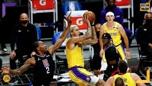 Già privi di James, Schröder e Horton-Tucker i Los Angeles Lakers perdono Anthony Davis nel primo quarto e vengono travolti dagli LA Clippers.