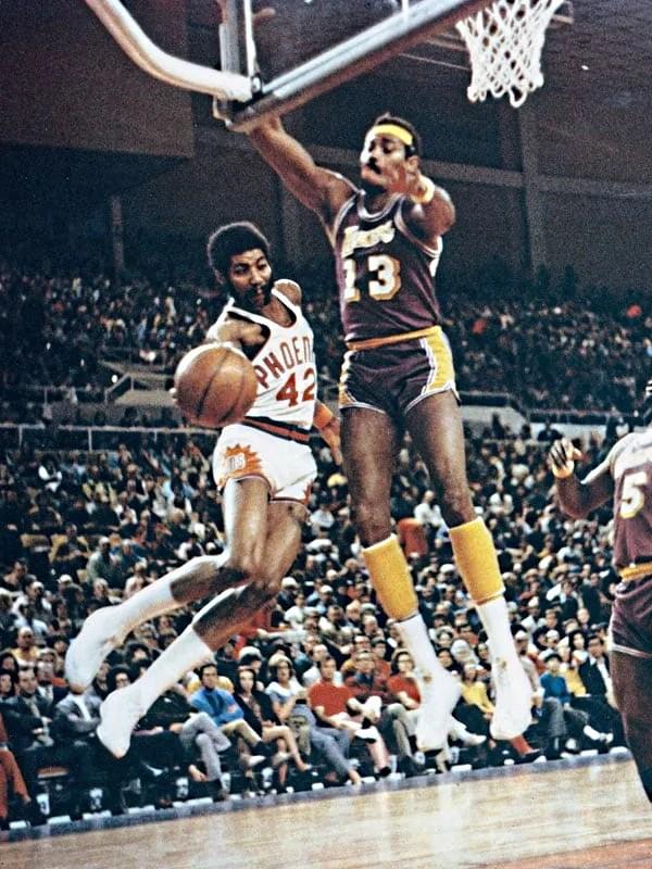 Conny Hawkins and Wilt Chamberlain, 1970 NBA Playoff