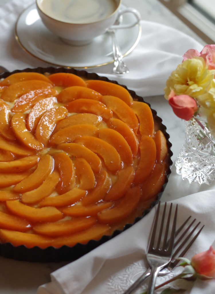 Apricot Cheesecake - Guilt free cheesecake thats sugar free and low carb. What a treat! | www.lakesidetable.com