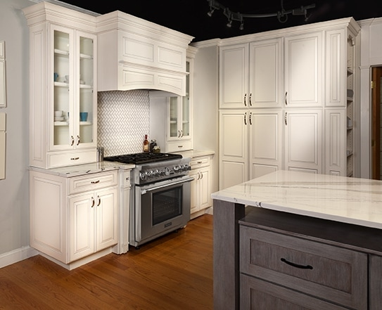 kitchen displays contemporary ideas long island showrooms cabinets countertops more showroom locations 140 broadhollow road farmingdale ny 11735 631 957 6800 hours mon fri 10 5 thursday 8 saturday 11