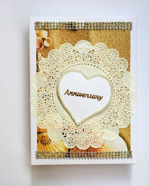 Red and Brown Anniversary greeting card with box