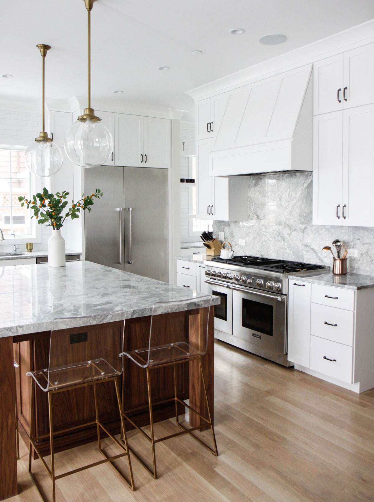 kitchen pendant lights space saver table and chairs tips for choosing installing la lisette white with wood tone island