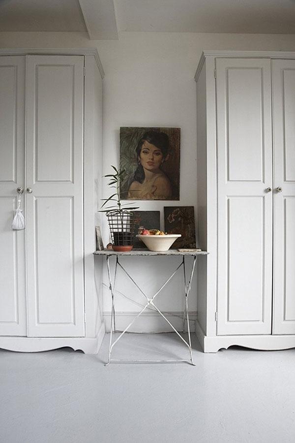 white-wardrobes_La-La-Lovely