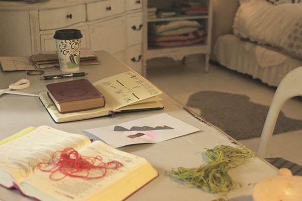 my-2nd-desk-3_La-La-Lovely