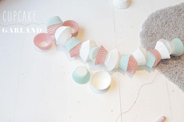 cupcake liner garland via la la lovely