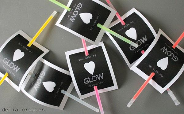 glow-stick-valentines
