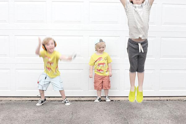 kids-clothes-via-la-la-lovely