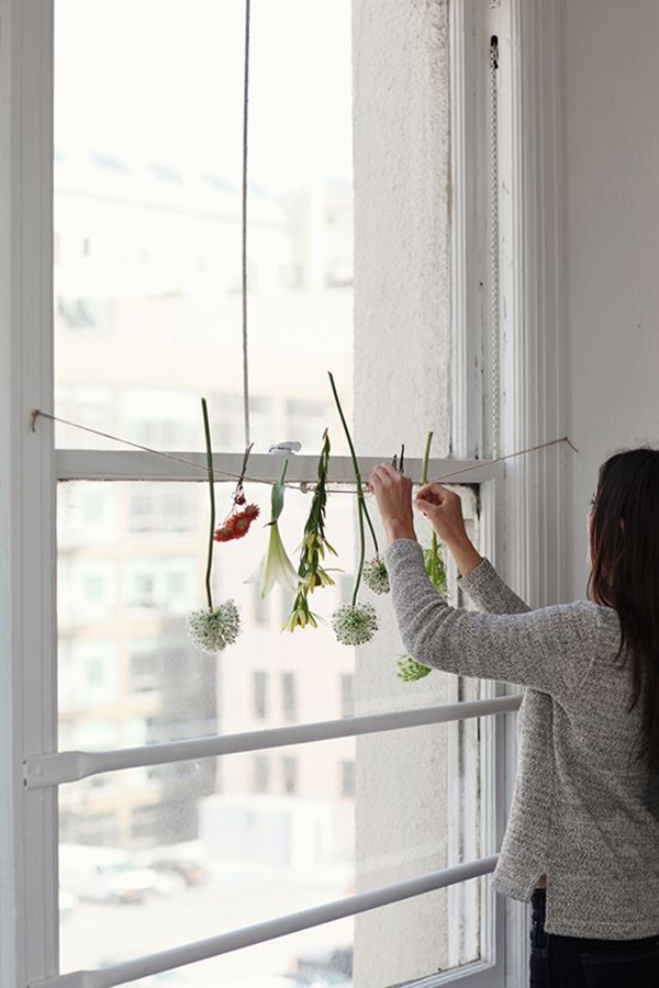 hanging-flowers_lalalovely