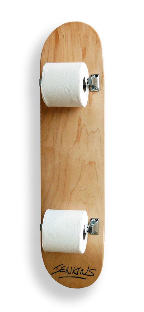 la-la-loving-skateboard-toilet-paper-holder