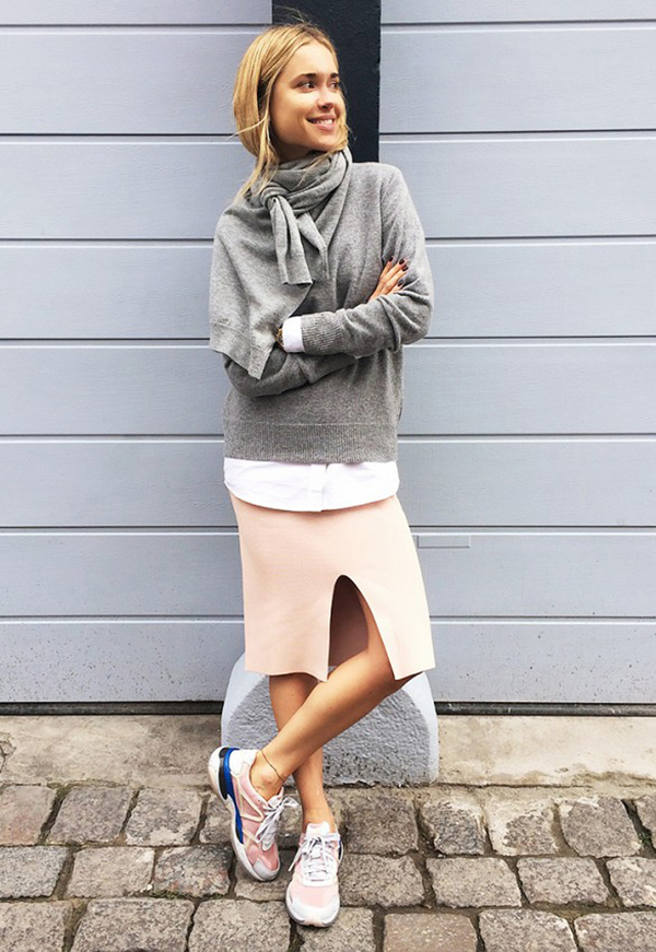 la la loving pink skirts