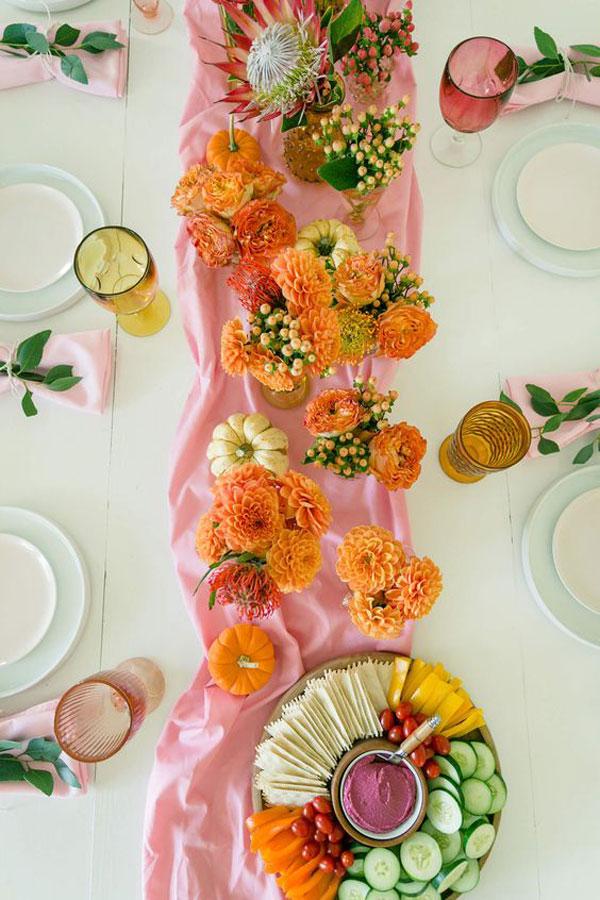 La La Loving   Colorful Fall Tablescape