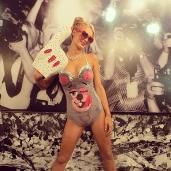 Paris Hilton de Miley Cyrus