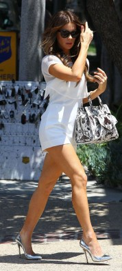 Kate-Beckinsale-White-Romper-Outfit