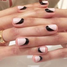 hbz-nail-trends-2017-black-accents-03