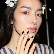 hbz-nail-trends-2017-black-accents-04