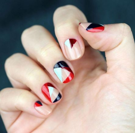 hbz-nail-trends-2017-color-blocking-02